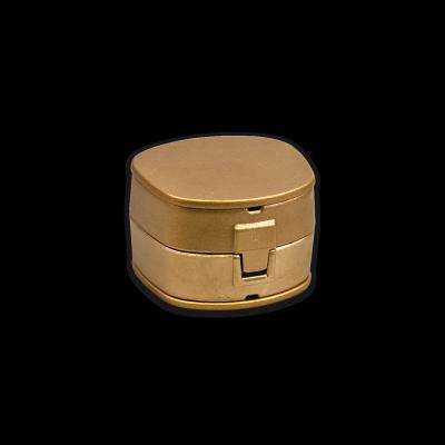 S-U-ROBUSTA, brass flask